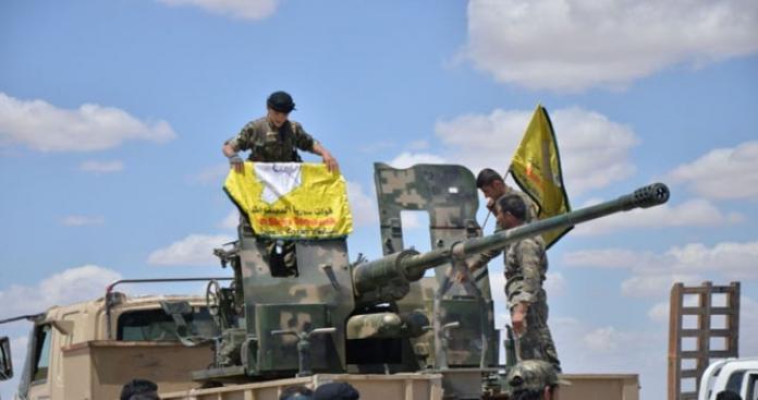 """نفوذ تنظيم الدولة ينحسر لصالح """"قسد"""" شرقي ديرالزور"""