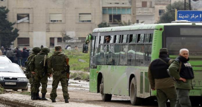 بدء عملية اجلاء مقاتلي أحرار الشام وعوائلهم من حرستا