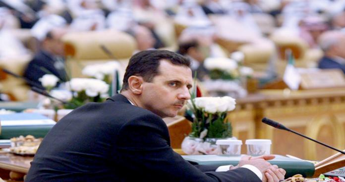 أجير صغير على أنقاض سورية