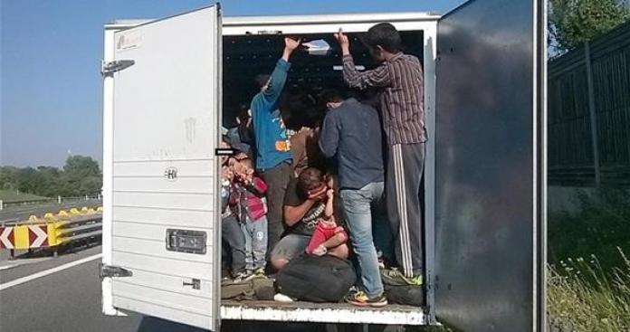 ألمانيا تضبط 18 لاجئا سوريا كانوا بصدد دخول أراضيها بطريقة غير شرعية عبر النمسا