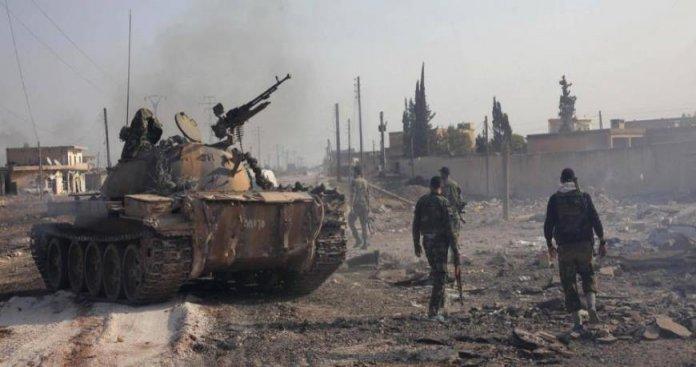 """تنظيم الدولة ينتزع مناطق من """"قسد"""" ويهاجم النظام شرقي ديرالزور"""