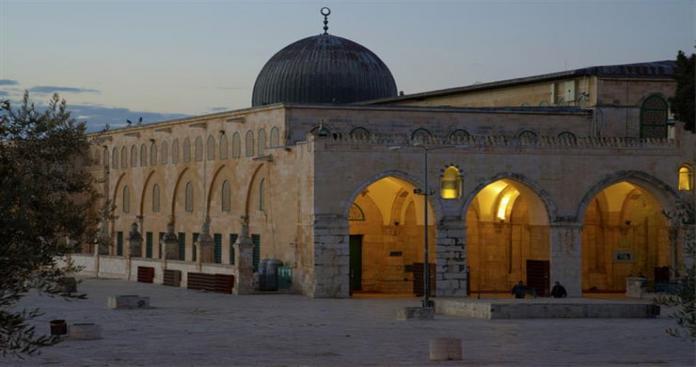 لأول مرة في تاريخه.. تأخير صلاة العيد ساعة في المسجد الأقصى لهذا السبب!