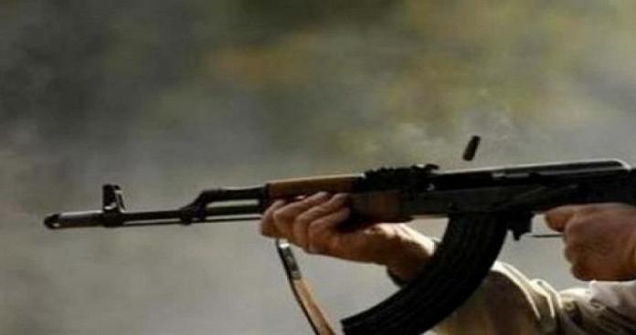 """جريمة تهزّ درعا.. شاب يقتل والده بطلق ناري بسبب """"السهر خارج المنزل"""""""