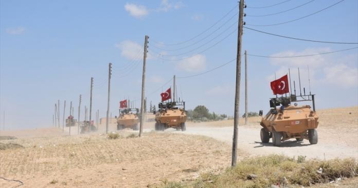 تركيا تعلن البدء بتسيير أولى دورياتها في المنطقة منزوعة السلاح شمال سوريا