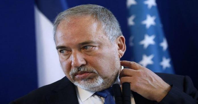 غزة تطيح بأقوى وزير في حكومة كيان الاحتلال الإسرائيلي أفيغدور ليبرمان