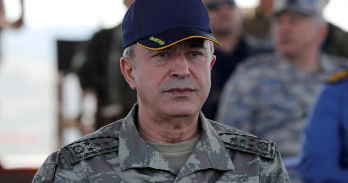 وزير الدفاع التركي يؤكد استمرار العمليات العسكرية في شمال سوريا