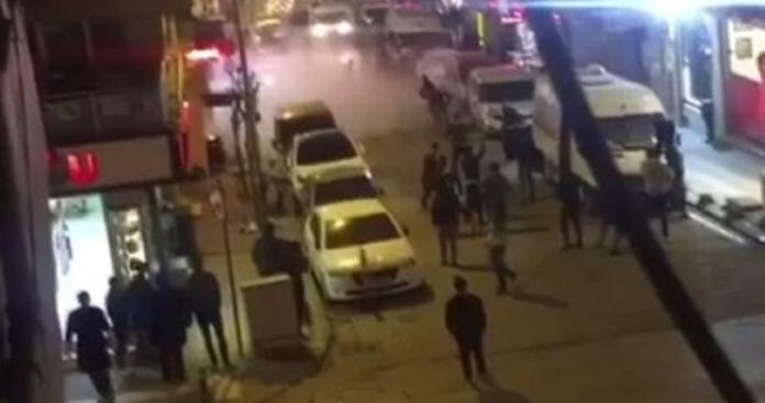 شجار بين سوريين يحيل شارع بإسطنبول لساحة حرب