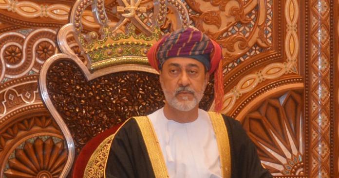 الموت يفجع سلطان عمان هيثم بن طارق
