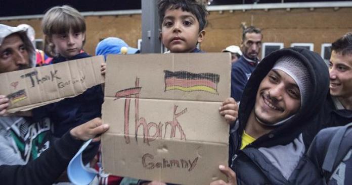 حزب ألماني يحرم اللاجئين السوريين من هذا الحق.. ووزير يتحدث عن ترحيلهم
