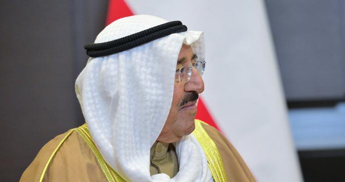 """بعد رسالة """"الملك سلمان"""" إلى أمير قطر.. """"الشيخ صباح"""" يطلق تلميحًا خطيرًا قبيل قمم مكة"""