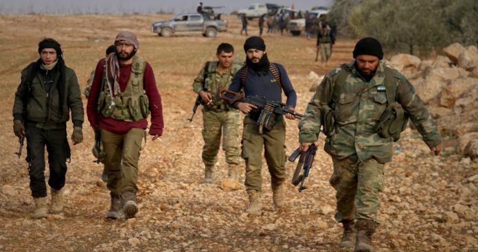 """""""تحرير الشام تنتزع قرية استراتيجية من قبضة تنظيم الدولة شرق حماة"""
