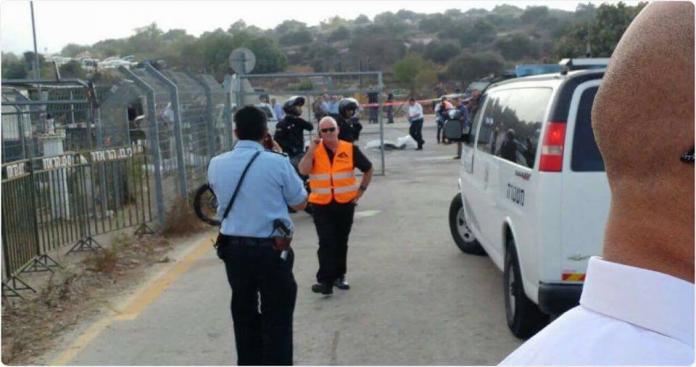"""مقتل 3 جنود إسرائيليين وارتقاء فلسطيني في """"عملية نوعية"""" غربي القدس (صور)"""