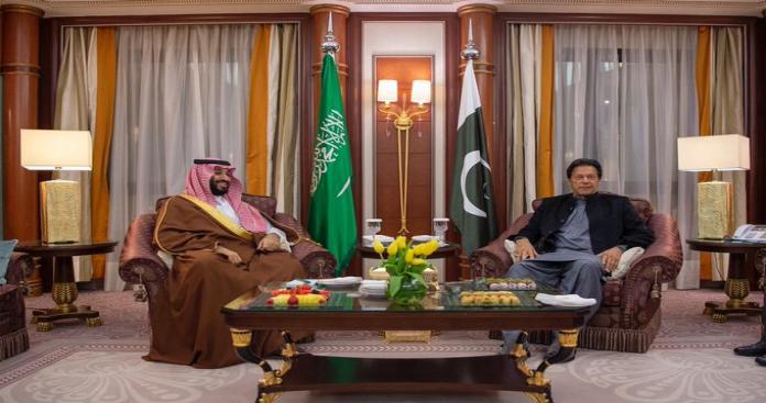 أسرار زيارة رئيس وزراء باكستان للسعودية.. لقاء عاجل مع ولي العهد