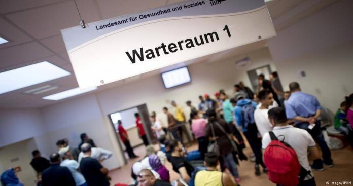 ألمانيا تزف بشرى سارة لطالبي اللجوء لديها
