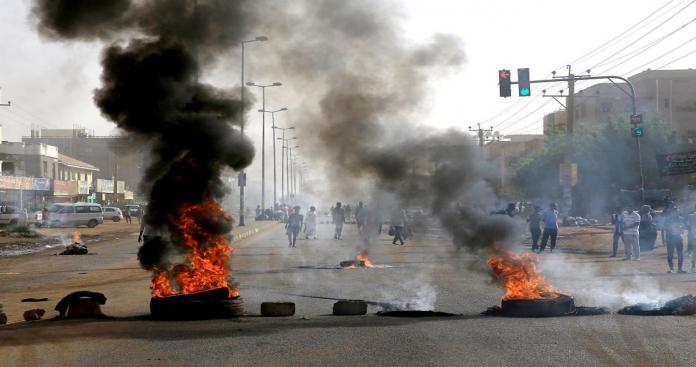 قطر تحذر المجلس العسكري السوداني بعد مجزرة القيادة العامة
