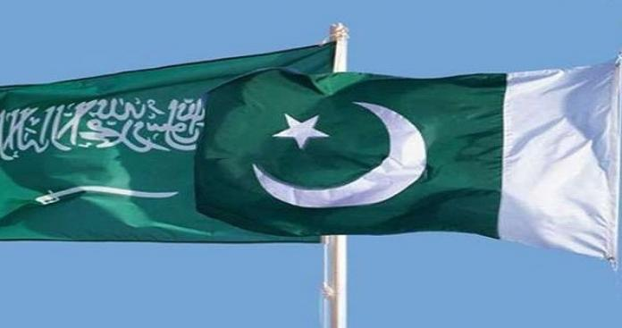 """رغم دعمها بمواجهتها مع الهند.. قرار سعودي صادم للباكستانيين """"استعدوا للرحيل"""""""