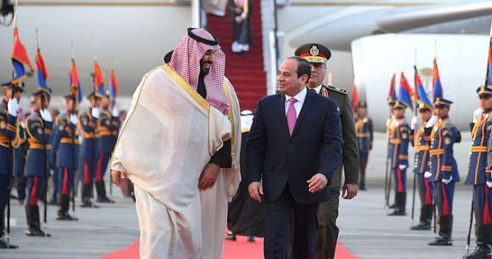 """رغم وعود """"مسافة السكة"""".. المخابرات المصرية تطعن السعودية في ظهرها"""