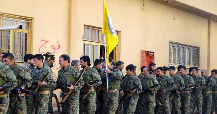 """الخارجية الأمريكية تتحدث عن مصير """"قسد"""" بعد انسحاب قواتها من سوريا"""