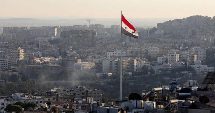 """تحذير لأبناء مناطق المصالحات والتسويات.. لا تذهبوا إلى دمشق وتجنبوا النقاش مع """"أتباع الأسد"""""""