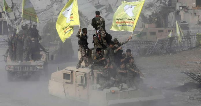 """"""" قسد"""" تتقدم وتحصر تنظيم الدولة في 3 كلم مربع شرق الفرات"""