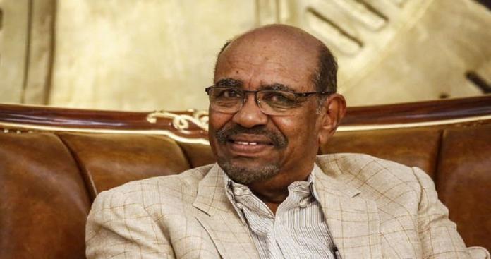 """صحيفة سودانية تكشف سر الخزانة الضخمة بقصر """"البشير"""""""