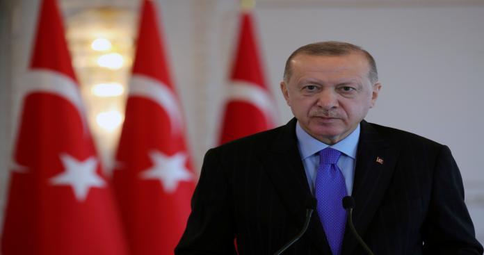 أردوغان يعلق على تفجيرات كابل .. ويكشف عن طلب مفاجئ لحركة طالبان من تركيا
