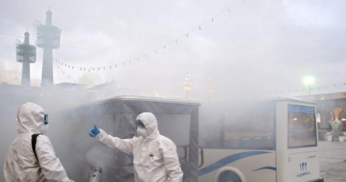 """""""قنبلة وبائية"""" داخل إحدى دول الخليج تهدد بإبادة المجتمع بالكامل"""