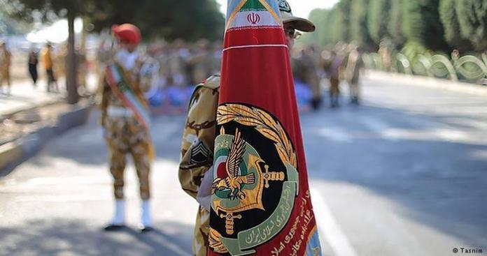 """شاهد.. غضب إسرائيلي """"عارم"""" بسبب صورة لجندي إيراني"""