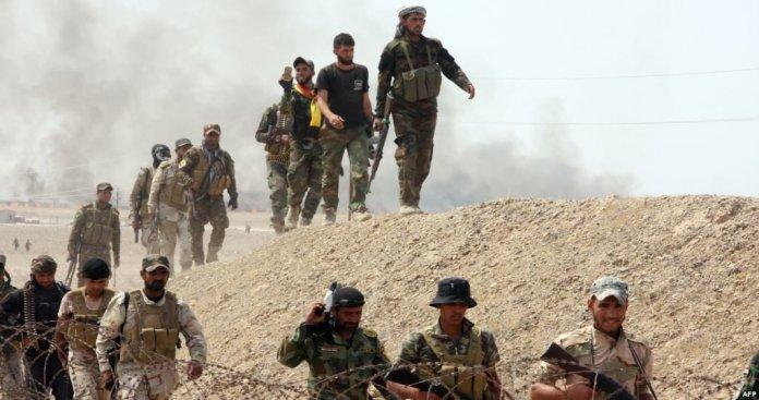 """بدعم من """"الحشد الشعبي"""" .. """"قسد"""" تسيطر على مساحات واسعة قرب الحدود العراقية"""