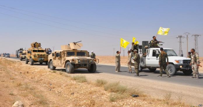 """مفاوضات تحت النار بين ميليشيا """"قسد"""" و""""تنظيم الدولة"""" شرق دير الزور"""