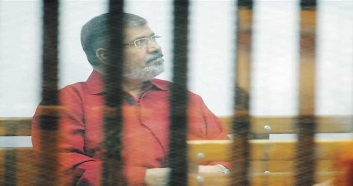 """مفاجأة صادمة.. """"نظام السيسي"""" يقتل الرئيس المصري السابق محمد مرسي ومصادر تكشف التفاصيل"""