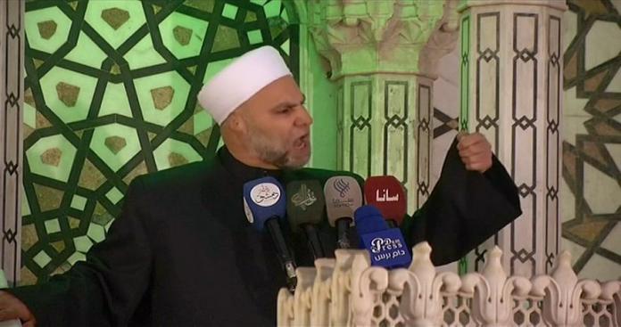 خطيب الجامع الأموي يتجاهل النظام ويطالب أهالي الجولان بتحريرها من إسرائيل