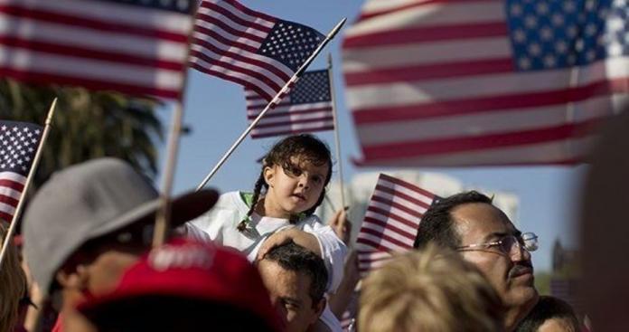 قرار عاجل ومهم من أمريكا بشأن اللاجئين السوريين لديها