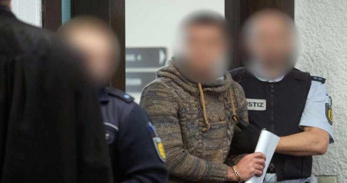 """محكمة ألمانية تصدر هذا الحكم بحق مقاتل معارض جَلَد عنصرين من """"قوات الأسد"""""""