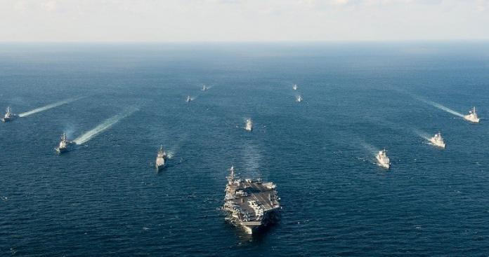 كبير مستشاري ترامب: ذاهبون لحرب في بحر الصين والشرق الأوسط