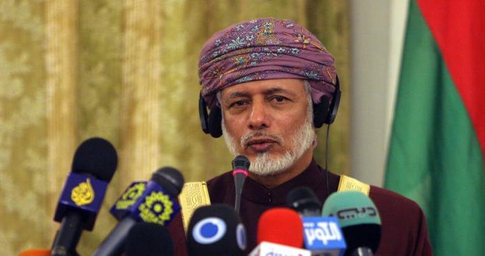 """وزير خارجية سلطنة عمان يحذر من الحرب العالمية: """"نحن في مصيبة كبيرة"""""""