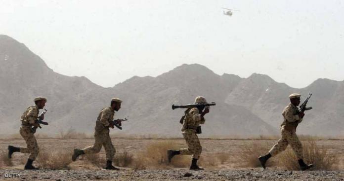 """مسلحون يفتكون بعدد من عناصر """"الحرس الثوري"""" و""""الباسيج"""" في اشتباكات على الحدود"""