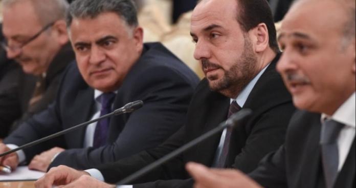 """قائد """"صقور الشام"""" يهاجم هيئة التفاوض بسبب تغريدة مثيرة للجدل"""