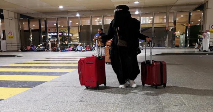بعد طول انتظار.. السعودية تُفعّل رسميًّا أهم قرار بشأن النساء
