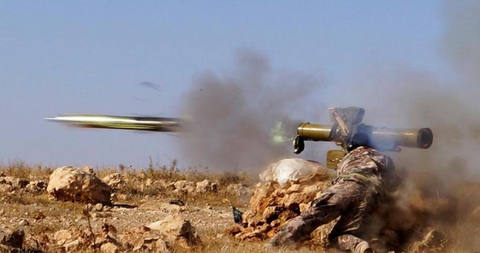 قتلى وتدمير آليات عسكرية.. فصائل الثوار تواصل ضرباتها للنظام على جبهات حماة