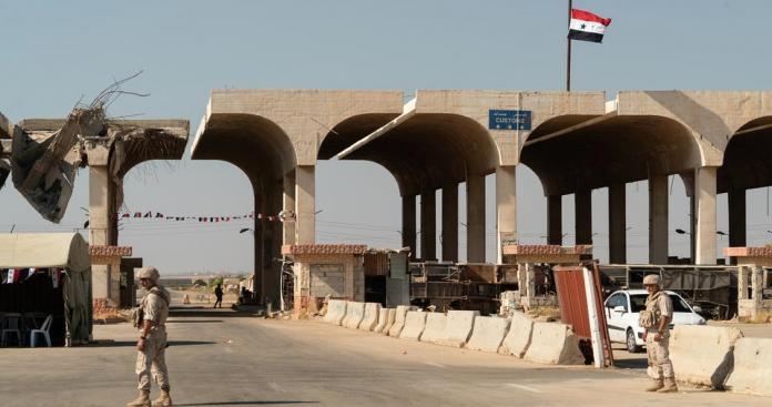 """الداخلية الأردنية تعلن عن قرار جديد حول معبر """"نصيب"""" الحدودي مع سوريا"""