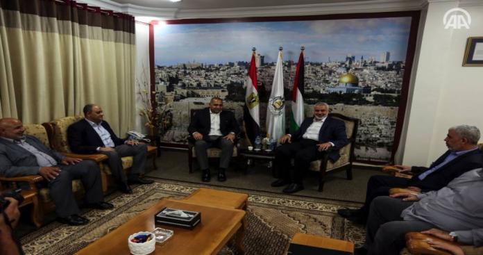 حماس تستقبل الوفد الأمني المصري في غزة وسط أجواء مُرحبة