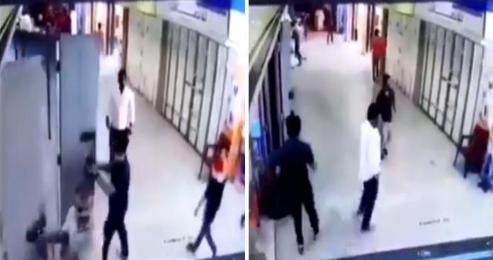 السعودية.. فزع وإغلاق محلات وهروب جماعي من أقدم سوق في الرياض (فيديو)