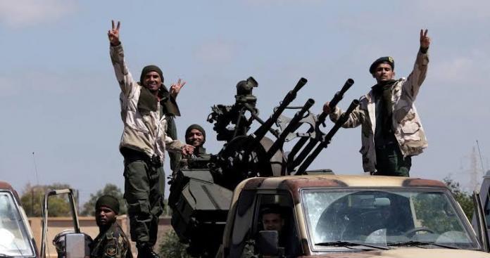 """""""الجيش الوطني"""" يرسل تعزيزات عسكرية لمساندة الفصائل في معارك إدلب"""