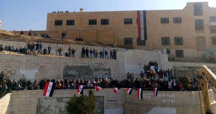 مخابرات الأسد تشن حملات أمنية مكثفة بحثاً عن منشقين ومطلوبين في ريف دمشق