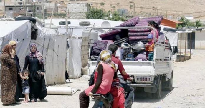 """""""منسقو الاستجابة"""" يوثق عودة آلاف النازحين إلى جنوب إدلب"""