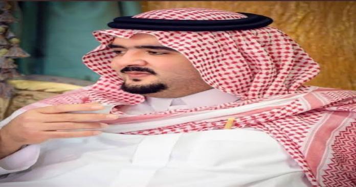 الأميرعبدالعزيز بن فهد يفاجئ حارس أمن فقد دراجته بهدية غير متوقعة