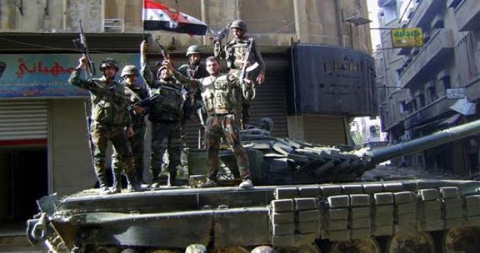 جيش العزة يعلن قتل وإصابة مجموعة لنظام الأسد في حماة ردًا على قصف المحرر