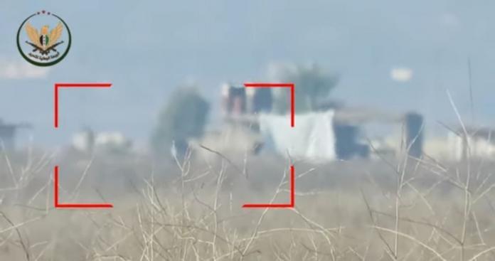 صاروخ موجه يفتك بجنود الأسد غرب حماة (فيديو)