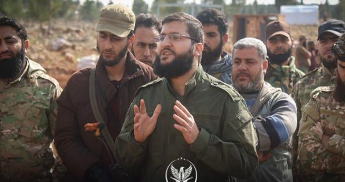 """قائد """"أحرار الشام"""" يوضح آخر التطورات بريف إدلب الجنوبي.. ويوجه رسالة للنظام وروسيا (فيديو)"""